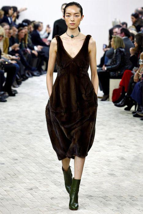 Платье из норки
