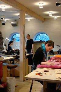 Дизайн-центр Saga Furs готовится к неделе моды.