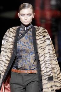 Etro 2010 - 2011 collection Milan RTW