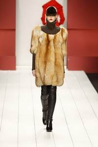 Aigner 2010 - 2011 collection Milan RTW