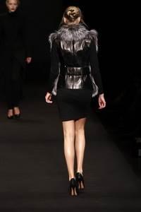 Spon Diogo - коллекция осень/зима 2011 - 2012, мех Saga Furs® Silver Fox