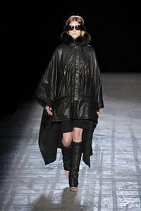 Alexander Wang - коллекция сезона осень/зима 2011-2012; мех - песец и норка