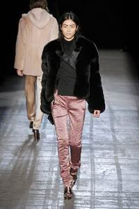 Alexander Wang - коллекция сезона осень/зима 2011-2012; мех - лисица