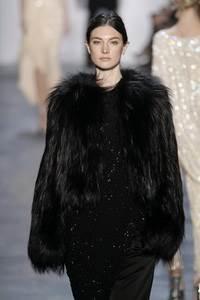 Michael Kors - коллекция сезона осень/зима 2011-2012; мех - дикая лисица
