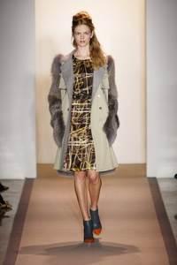 Peter Som - коллекция сезона осень/зима 2011-2012; мех - лисица окрашеная в оттенок