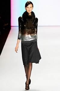 Carolina Herrera - коллекция сезона осень/зима 2011-2012; мех - норка