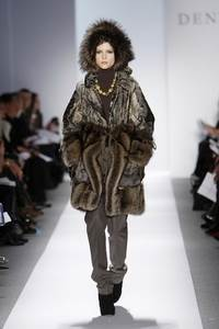 Dennis Basso - коллекция сезона осень/зима 2011-2012; мех - лисица, каракульча и соболь