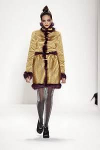Venexiana - коллекция сезона осень/зима 2011-2012; мех - лисица