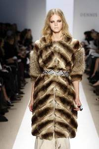 Dennis Basso – Desert sand chinchilla and fox long jacket