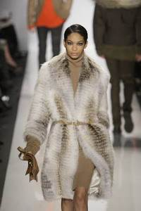 Michael Kors – Blonde shredded fox coat