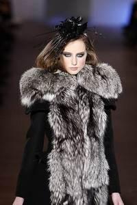 Модные направления зимы 2009/2010. Модельер Fatima Lopes