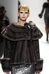 Модные направления зимы 2009/2010. Модельер Venexiana