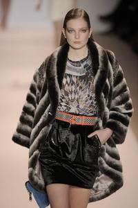 Модные направления зимы 2009/2010. Модельер Matthew Williamson