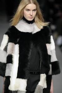 Модные направления зимы 2009/2010. Модельер Jaeger London