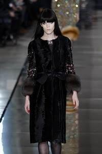Модные направления зимы 2009/2010. Модельер Valentino