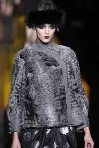Модные направления зимы 2009/2010. Модельер Christian Dior