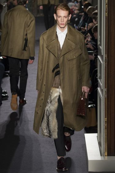 Paris Fashion Week Valentino menswear осень-зима 2016 2017 14
