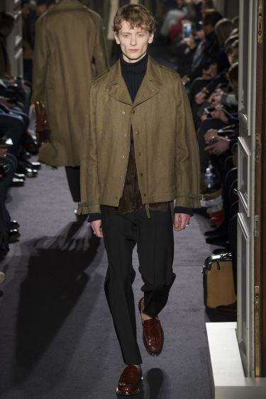 Paris Fashion Week Valentino menswear осень-зима 2016 2017 15