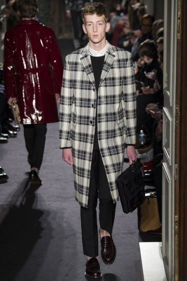 Paris Fashion Week Valentino menswear осень-зима 2016 2017 7