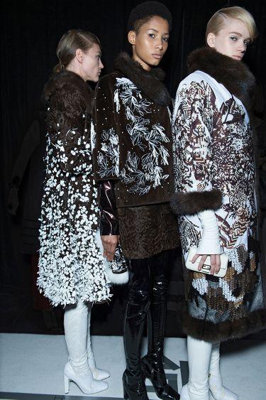 История модного Дома Fendi обогатилась первым кутюрным показом - 3