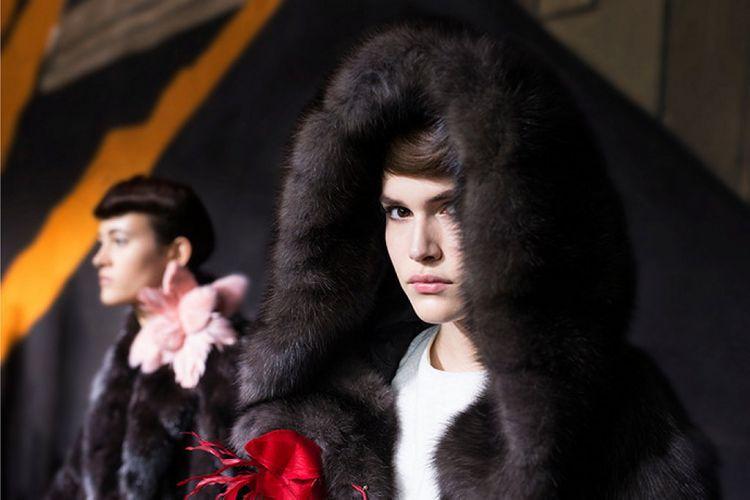 История модного Дома Fendi обогатилась первым кутюрным показом - 7